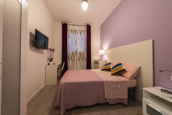 Camera singola con bagno privato esterno ad uso esclusivo - Foto di ...
