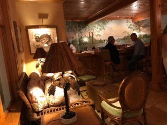 Gasparilla Inn & Club: BZ's Bar