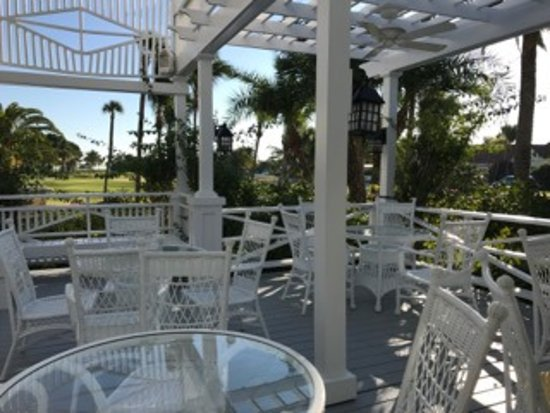 Gasparilla Inn & Club: Dining or drinks outside of BZ's