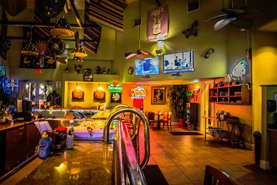 Sports Bar Picture Of Caliente Club And Resorts Land O