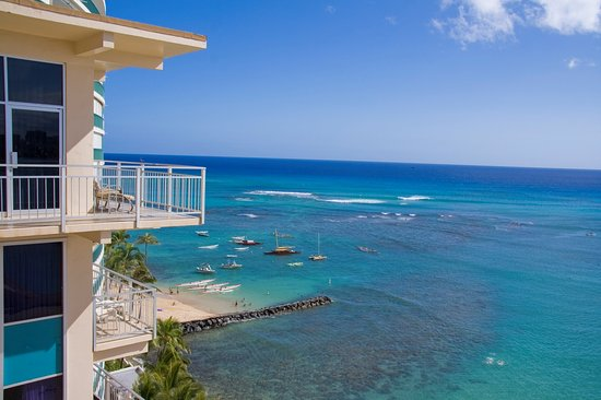 Kaimana Beach Hotel Reviews