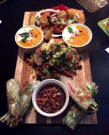 Photo of Restaurant Bar James at Javastraat 49, Amsterdam 1094HJ, Netherlands