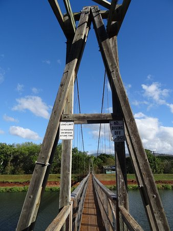 Hanapepe, HI: bridge