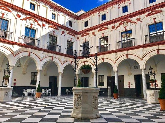 Hotel Convento Cadiz, hôtels à Cadix