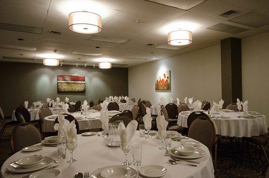Boucherville, Canadá: Salle de banquet / Banquet Room