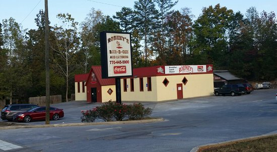 ดัลลัส, จอร์เจีย: Rodney's is located just N of Due West Rd or .3 mile N of Old Catersville Rd/East Paulding on 38