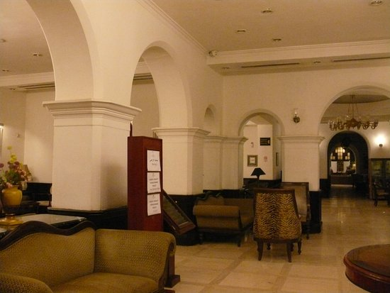 hall d\'entrée - Picture of Grand Holiday Villa Hotel & Suites ...