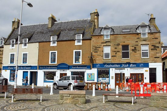 Anstruther, UK: le restaurant vu du port.