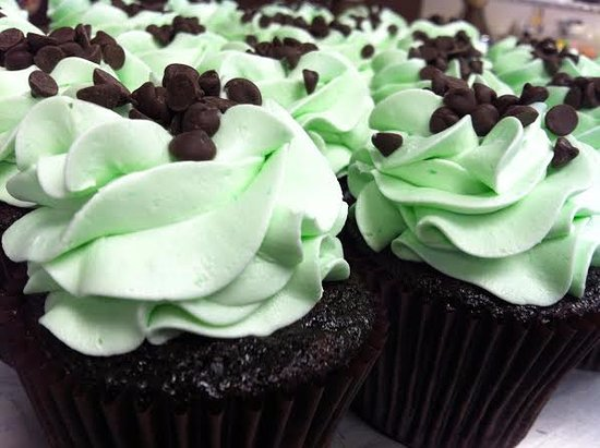 Cockeysville, MD: mint chocolate chip cupcakes
