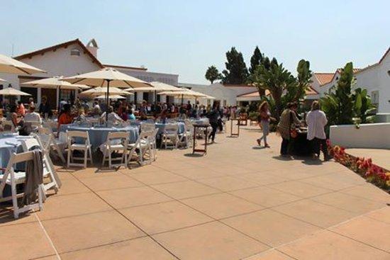 Omni La Costa Resort and Spa: Eating outside