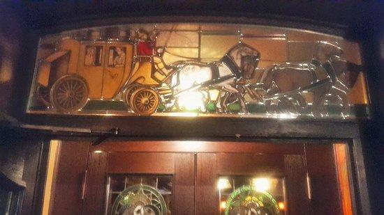 Lennestadt, Germany: De Bar van het hotel, heeft iets nogstalgisch.