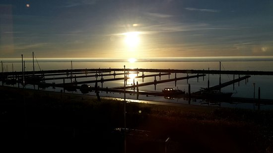 Terschelling, Belanda: marina and sun