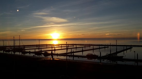 Terschelling, Pays-Bas : sun coming up