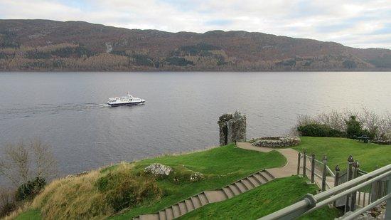 Drumnadrochit, UK: you can take boat or bus