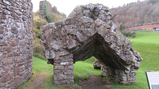 Drumnadrochit, UK: castle