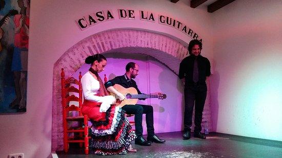 Casa de la Guitarra: Spettacolo emozionante!  Incredibile bravura. Grazie