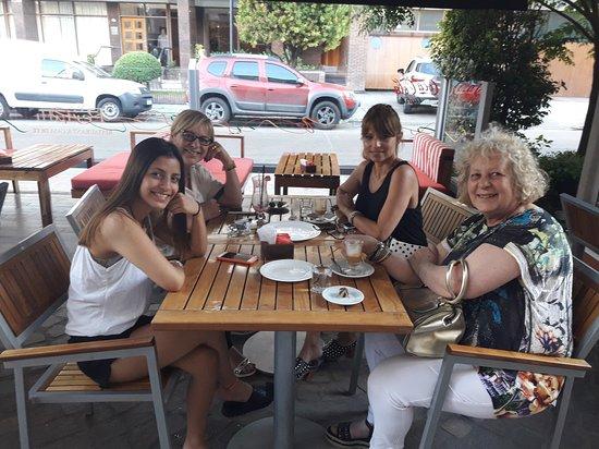 Lomas de Zamora, Argentina: 20161130_184950_large.jpg