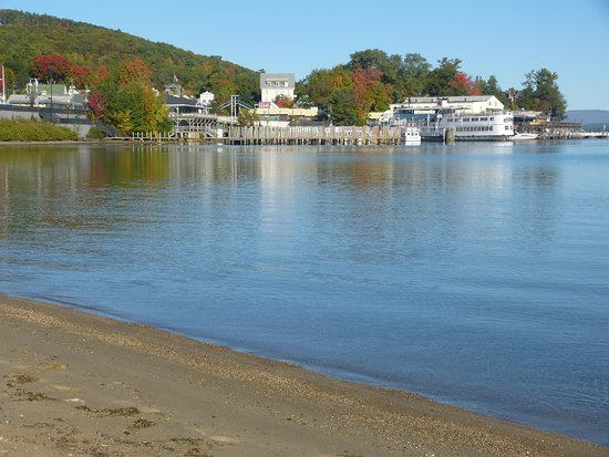 The M/S Mount Washington: Departure point at Weirs Beach