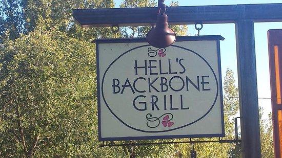 Boulder, UT: entrance sign