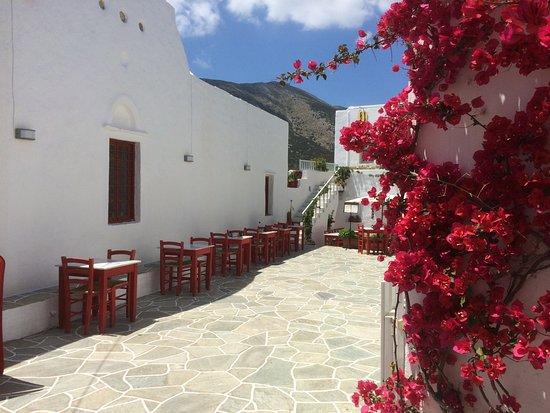 Apollonia, Grécia: Entrance to Cayenne