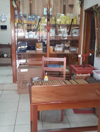 Quepos Cigar Shop