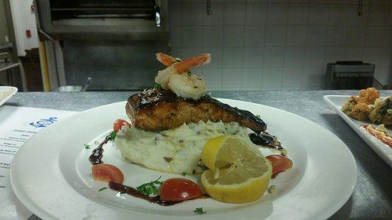 the pier ultra lounge nassau restaurant reviews photos tripadvisor