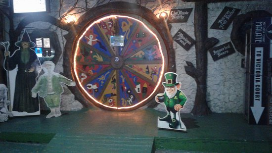 Hobbit House circular door entry & circular door entry - Picture of Hobbit House Manila - TripAdvisor