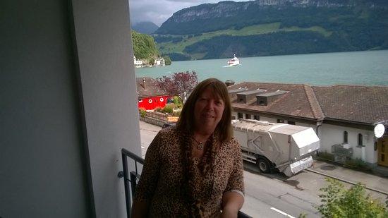 Gersau, Sveits: En el balcón