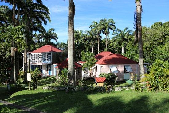 The Hermitage Plantation Inn Photo