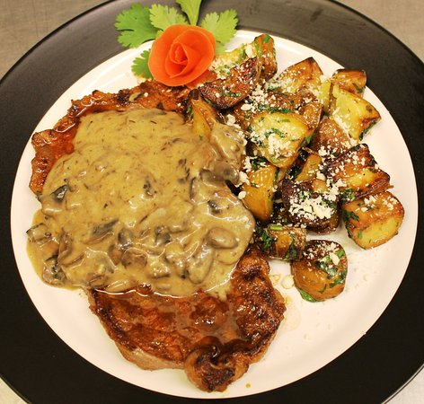 Javier's Cuisine : Steak Cotija