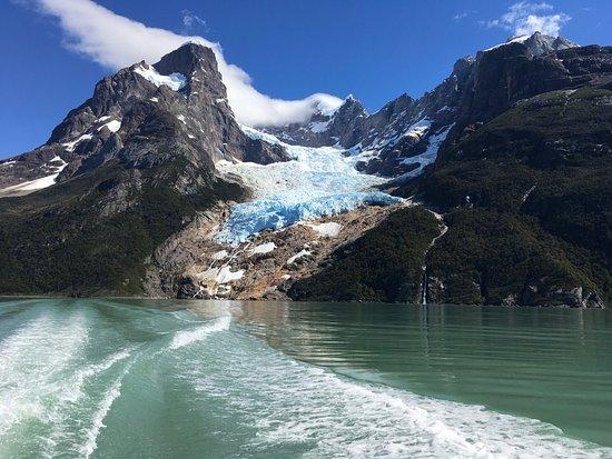 The Singular Patagonia: photo3.jpg