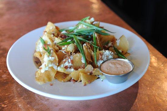 Brecksville, OH: Tavern Chips