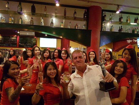Expat Dating Saigon rencontre des exemples masculins de profil