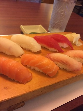 Rocky Hill, CT: Sushi lunch A. Fine!!