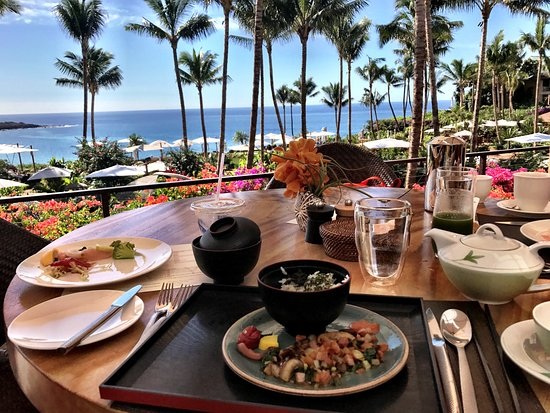 Four Seasons Resort Lanai Outstanding Breakfast Buffet With A View Every Restaurant Has