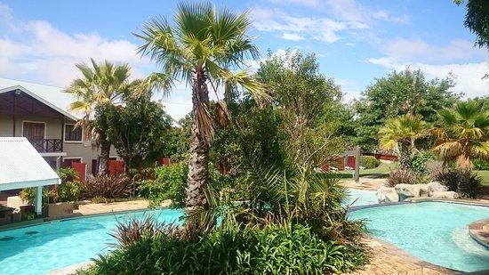 Caledon Hotel, Spa, Casino: The fresh water pool
