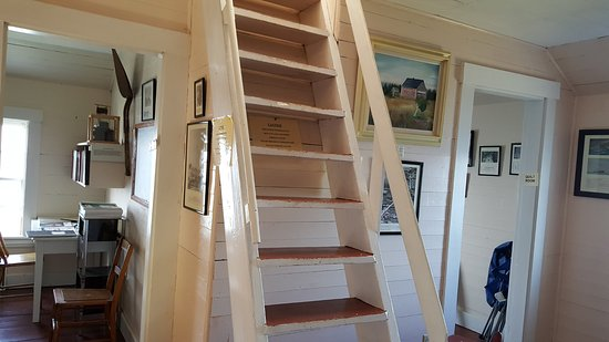 Gilberts Cove, Kanada: Stairs leading up to the light