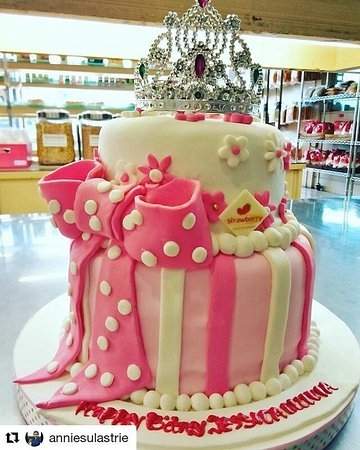 Fine Sparkling Crown Custom Birthday Cake Made By Strawberry Delight Funny Birthday Cards Online Aboleapandamsfinfo