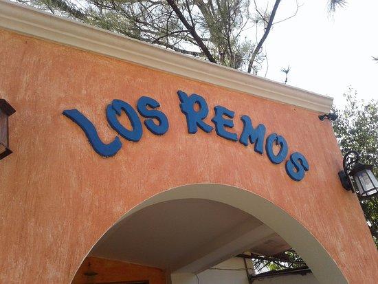 Restaurante Los Remos Entrada Principal