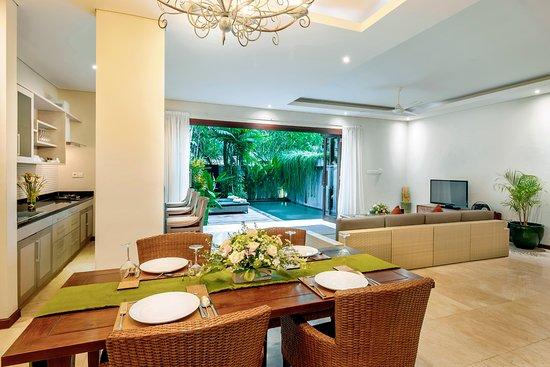 Kampoeng Villa: Dining Room
