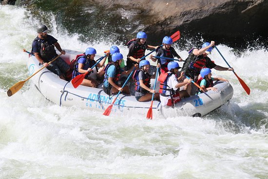 Lansing, WV: Best family rafting Adventures on the Gorge, New River!