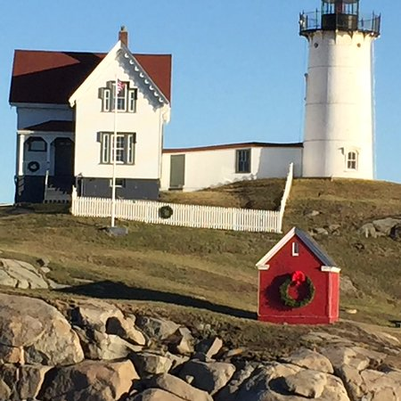 Cape Neddick Nubble Lighthouse: view of the light house