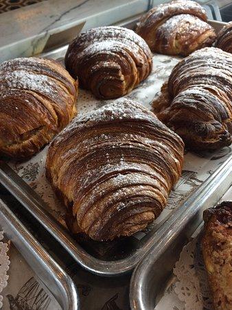 ทอมบอลล์, เท็กซัส: Levure Bakery