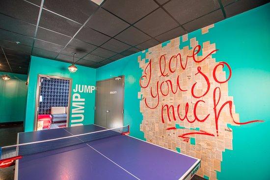 Punch Bowl Social Schaumburg: Ping Pong