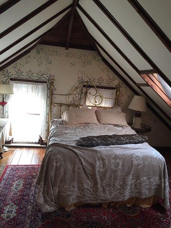 New Hope's 1870 Wedgwood Bed and Breakfast Inn: photo1.jpg