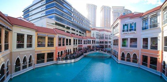 Taguig City, Filipinas: venice themed shopping mall