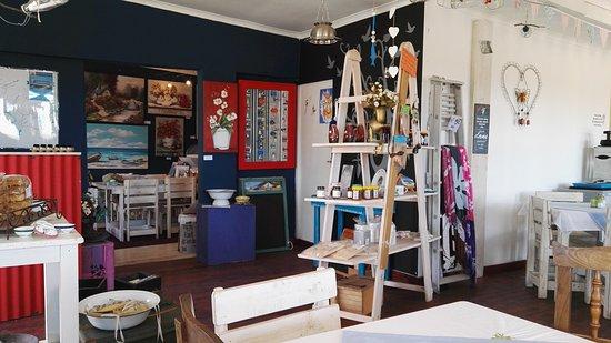 St. Helena Bay, جنوب أفريقيا: Takgali Coffee & Gift Shop
