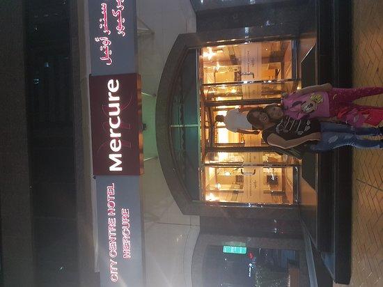 Mercure Abu Dhabi Centre Hotel: 20161030_182839_large.jpg