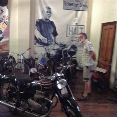 York, أستراليا: Motorbikes