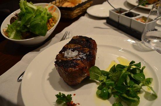 Patagonia Beef & Wine: The wonderful tenderloin steak
